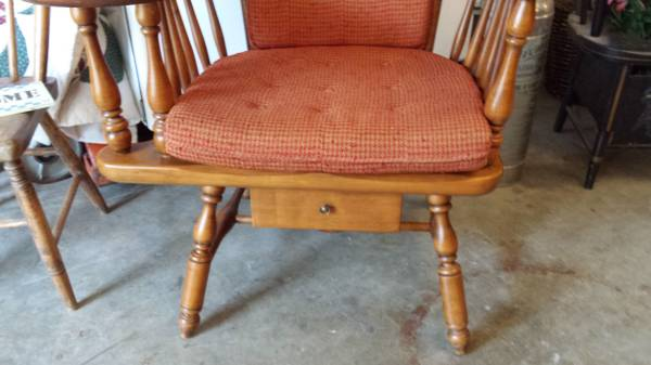 Heywood Wakefield Chair w/ Writing / Sewing Arm – Excellent Condition –  Long Valley Traders - Heywood Wakefield Chair W/ Writing / Sewing Arm – Excellent