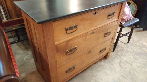 Antique Oak 3 Drawer Dresser Painted Top Beautiful 00h0h Wkodwrgna5 600x450