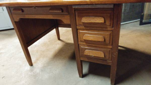 Antique Teachers Desk w/ Walnut Top & Oak Base – Cool Desk! – Long Valley  Traders - Antique Teachers Desk W/ Walnut Top & Oak Base – Cool Desk! – Long