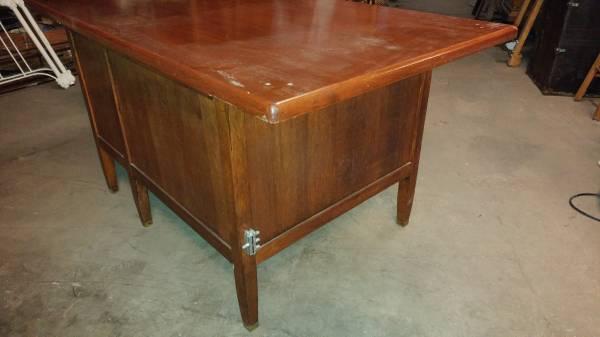 Antique Teachers Desk w/ Walnut Top & Oak Base – Cool Desk! – Long Valley  Traders - Antique Teachers Desk W/ Walnut Top & Oak Base – Cool Desk! – Long