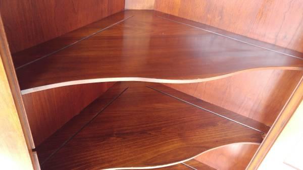 Henkel Harris Solid Cherry Corner Cupbord China Cabinet