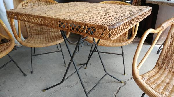 Vintage Wicker Patio Set Table 4 Chairs Nice 00f0f Iynktoasef4 600x450