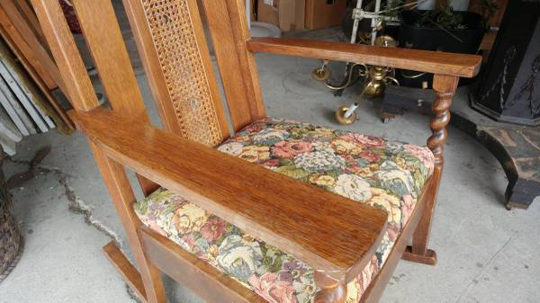Antique Mission Early 1900's Oak Rocking Chair – Beautiful.  00R0R_hq6jl1AE7y0_600x450. ;  - Antique Mission Early 1900's Oak Rocking Chair – Beautiful – Long