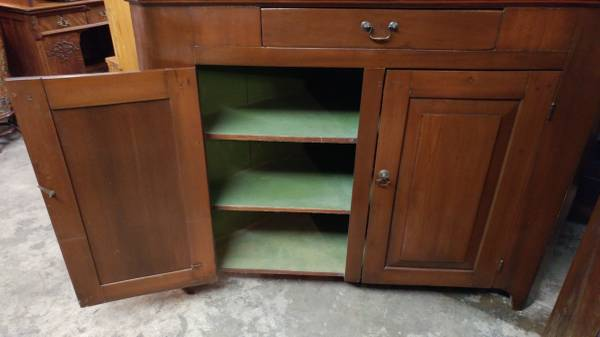 Charmant Early Antique Corner China Cabinet / Cupboard U2013 Dark Pine U2013 Beautiful.  00k0k_eUUDGjNgd0X_600x450. ; 