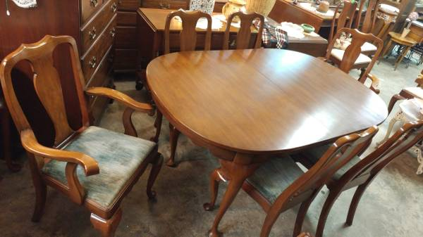 Henkel Harris Solid Black Cherry Dining Table 6 Chairs 3 Leafs W Pads 01616 K887nfr7yn 600x450
