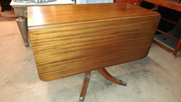 Antique Mahogany Drop Leaf Table Pedestal Base With