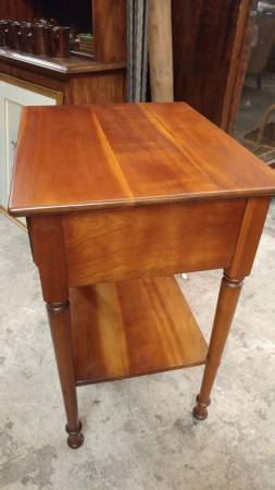 Stickley Solid Cherry Side Table With Drawer Bed Side